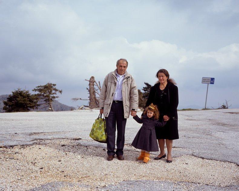 90 km Till Athens - Kyriakos Papachrysanthou - Phases Magazine
