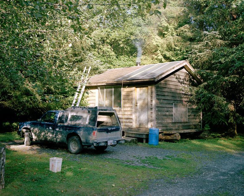 Doug's Cabin - Karianne Bueno - Phases Magazine