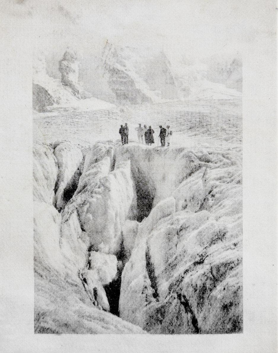 Monuments - Douglas Mandry  - Phases Magazine