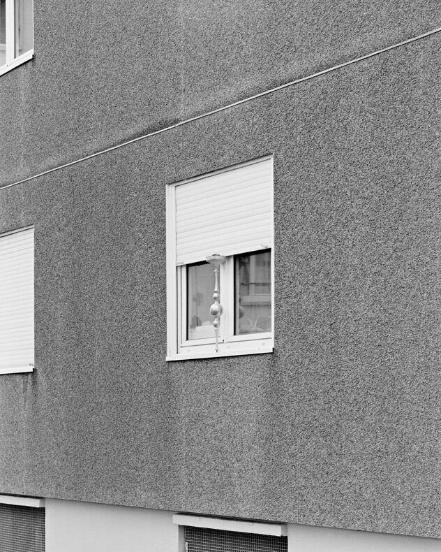 Concrete Doesn't Burn - Bertrand Cavalier - Phases Magazine